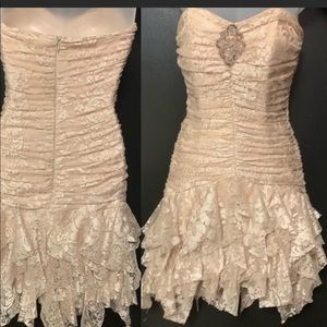 Vintage Lace Strapless Ruffle Cocktail Dress ivory